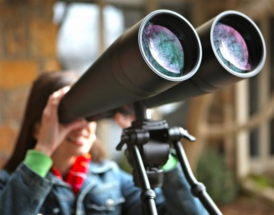 Massively clear optics make using these astronomical binoculars pure fun