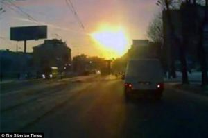 Chelyabinsk Meteorite lightens early mornings sky