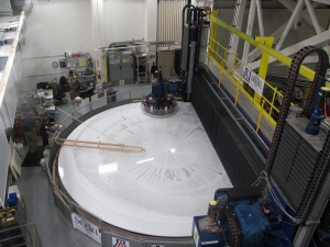 The first GMT primary mirror segment on the polishing machine at the Steward Observatory Mirror Lab. Credit: GMTO Corporation
