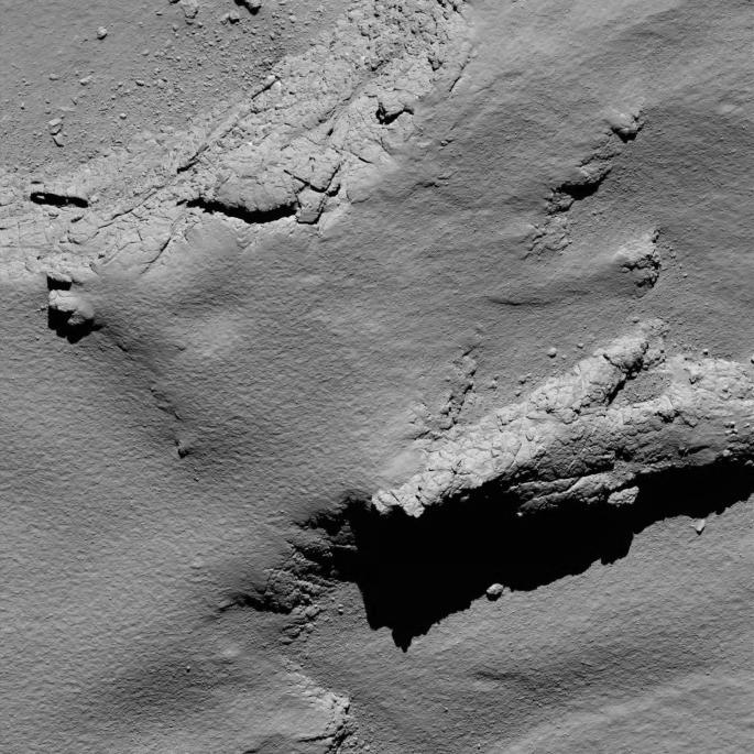 Comet from 5.7 km – narrow-angle camera Credit: ESA/Rosetta/MPS for OSIRIS Team MPS/UPD/LAM/IAA/SSO/INTA/UPM/DASP/IDA