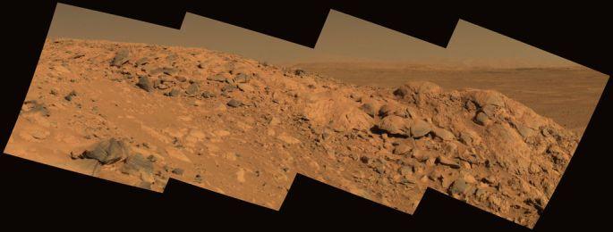 mars_spirit_rover_gusev_crater_longhorn_rock_pia06770-br2